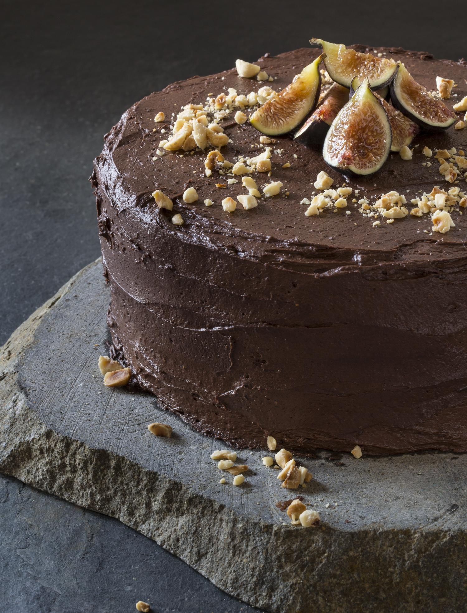 Recipe Decadent Dark Chocolate Cake With Figs And Hazelnuts
