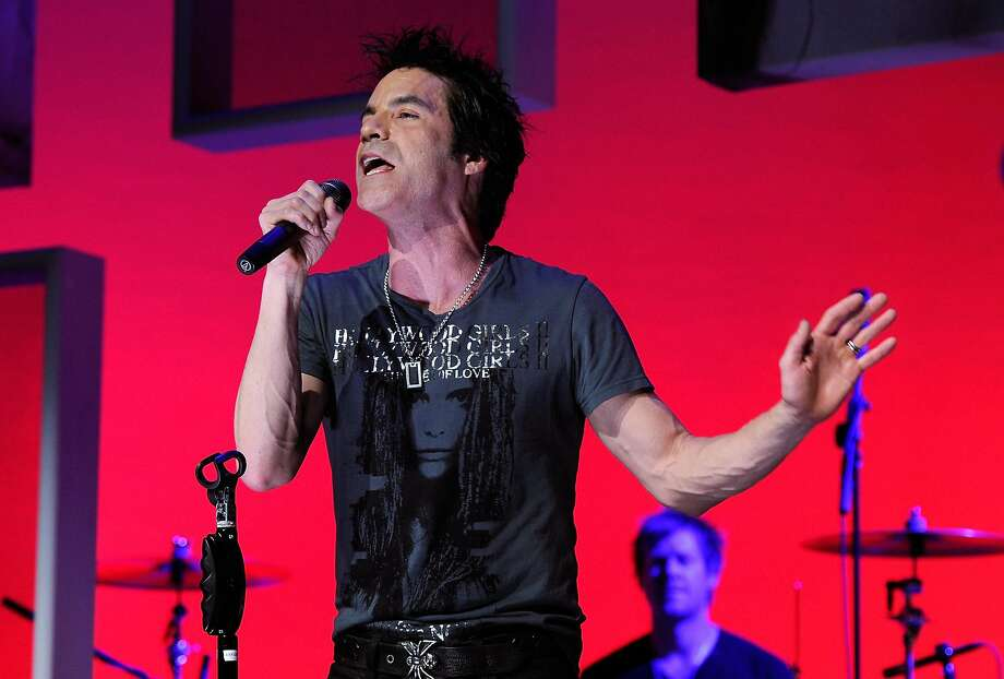 Pat Monahan of Train performs onstage during the Vh1 Upfront 2010 at Pier 59 Studios on April 20, 2010 in New York City. (Photo by Larry Busacca/Getty Images) Photo: Larry Busacca, Getty Images