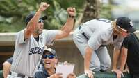 Lance Berkman, Andy Pettitte lead Second Baptist to state title - Photo