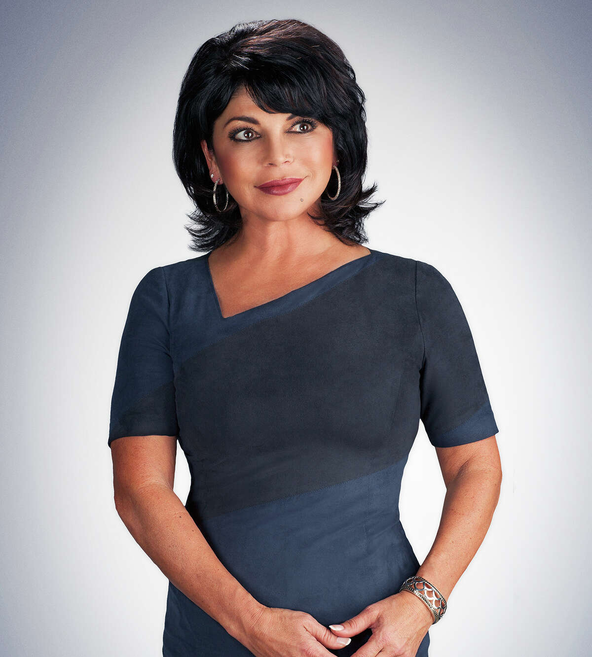 Weather anchor and reporter Roberta Gonzales is leaving KCBS Radio and KPIX TV after 21 years.