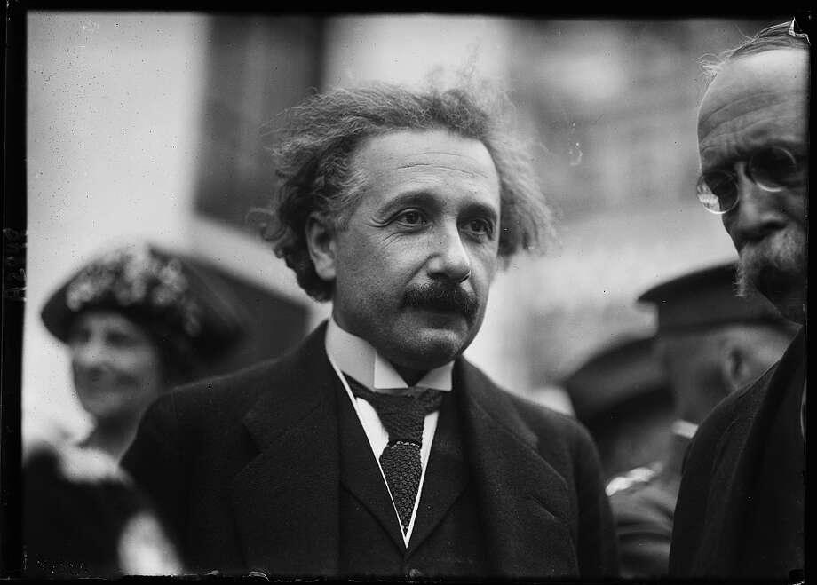 Albert Einstein, between 1921 and 1923. Photo: Harris & Ewing, Library Of Congress