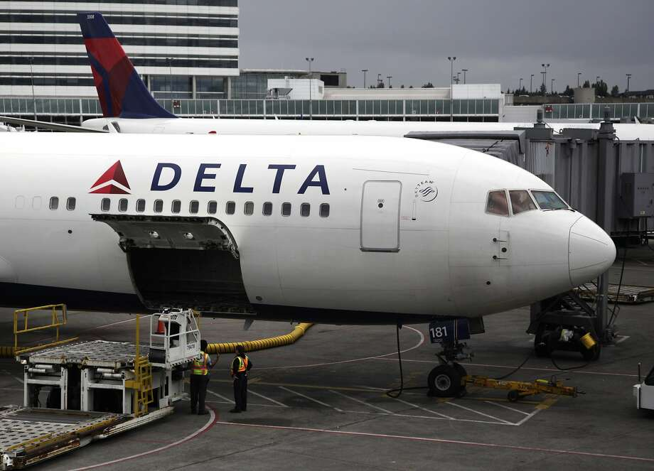 An appeals court in San Francisco upheld dismissal of a lawsuit on Wednesday, May 25, 2016, against Delta Air Lines. The suit, filed by the state attorney general's office, accused the airline of violating state law by failing to post privacy information on its mobile app. (AP Photo/Ted S. Warren, File) Photo: Ted S. Warren, AP