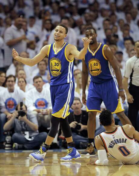 How healthy is Stephen Curry? One report put him at 70 percent, a figure the Warriors dispute. Photo: Carlos Avila Gonzalez, Staff Photographer / ONLINE_YES