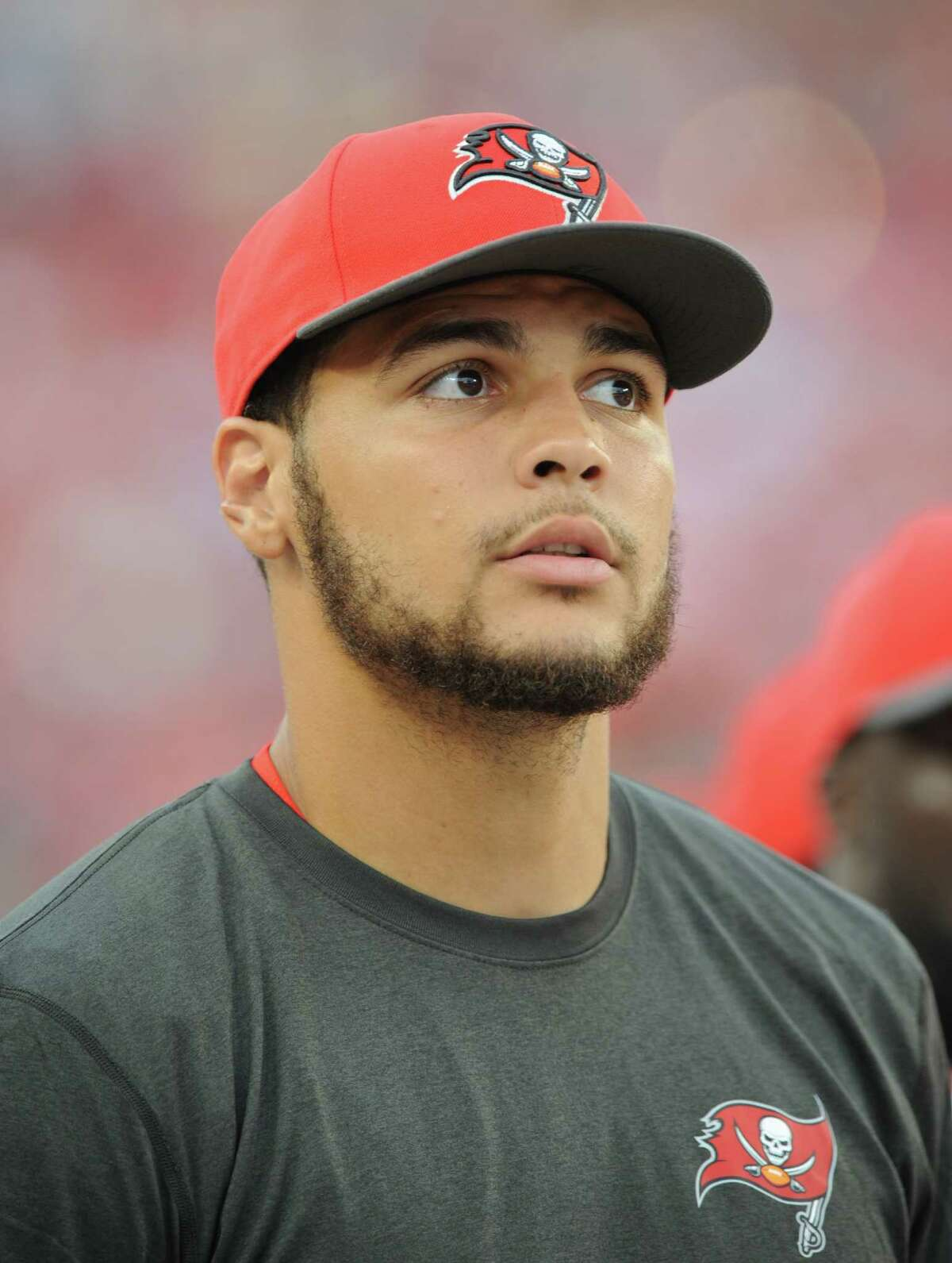 TAMPA, FL - SEPTEMBER 13: Wide receiver Mike Evans #13 of the Tampa Bay Buccaneers stands on the sidelines against the Tennessee Titans at Raymond James Stadium on September 13, 2015 in Tampa, Florida. (Photo by Cliff McBride/Getty Images)
