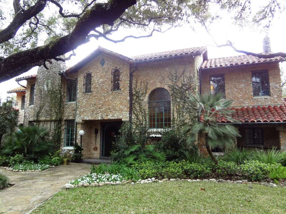 The 1931 Slimp house in Castle Hills today is a special event venue -- weddings, meetings, receptions -- called The Veranda. Photo: Steve Bennett / San Antonio Express-News