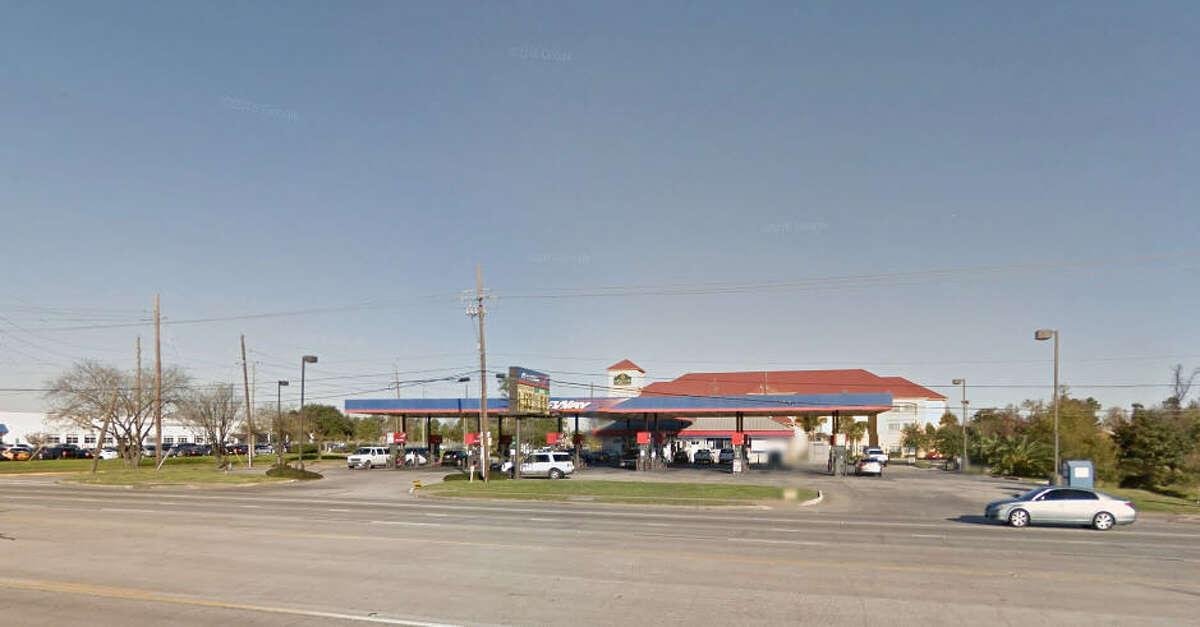 Houston Raceway No. 6773 407 FM 1960 E Violation(s): Gasoline Pump Nozzle Does Not Hold Zero Source: Texas Department of Agriculture