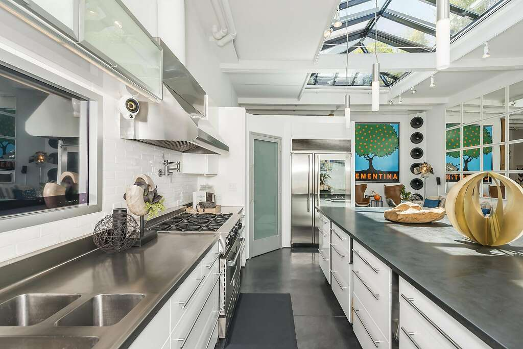 The large pantry occupies a corner of the kitchen. Photo: Olga Soboleva / Vanguard Properties