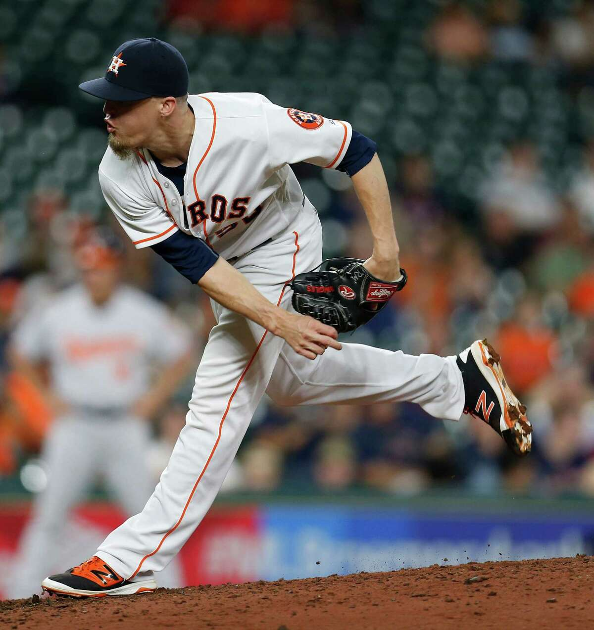Houston Astros relief pitcher Ken Giles (53) pitches in the ninth inning of an MLB baseball game at Minute Maid Park,Thursday, May 26, 2016.