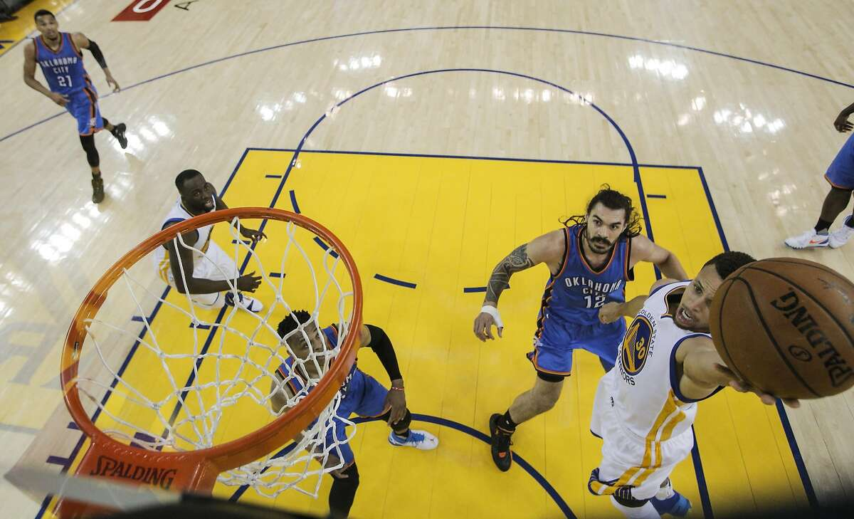 Golden State Warriors� Stephen Curry drives for a layup during Game 5 of the NBA Western Conference Finals at Oracle Arena on Thursday, May 26, 2016 in Oakland, Calif.