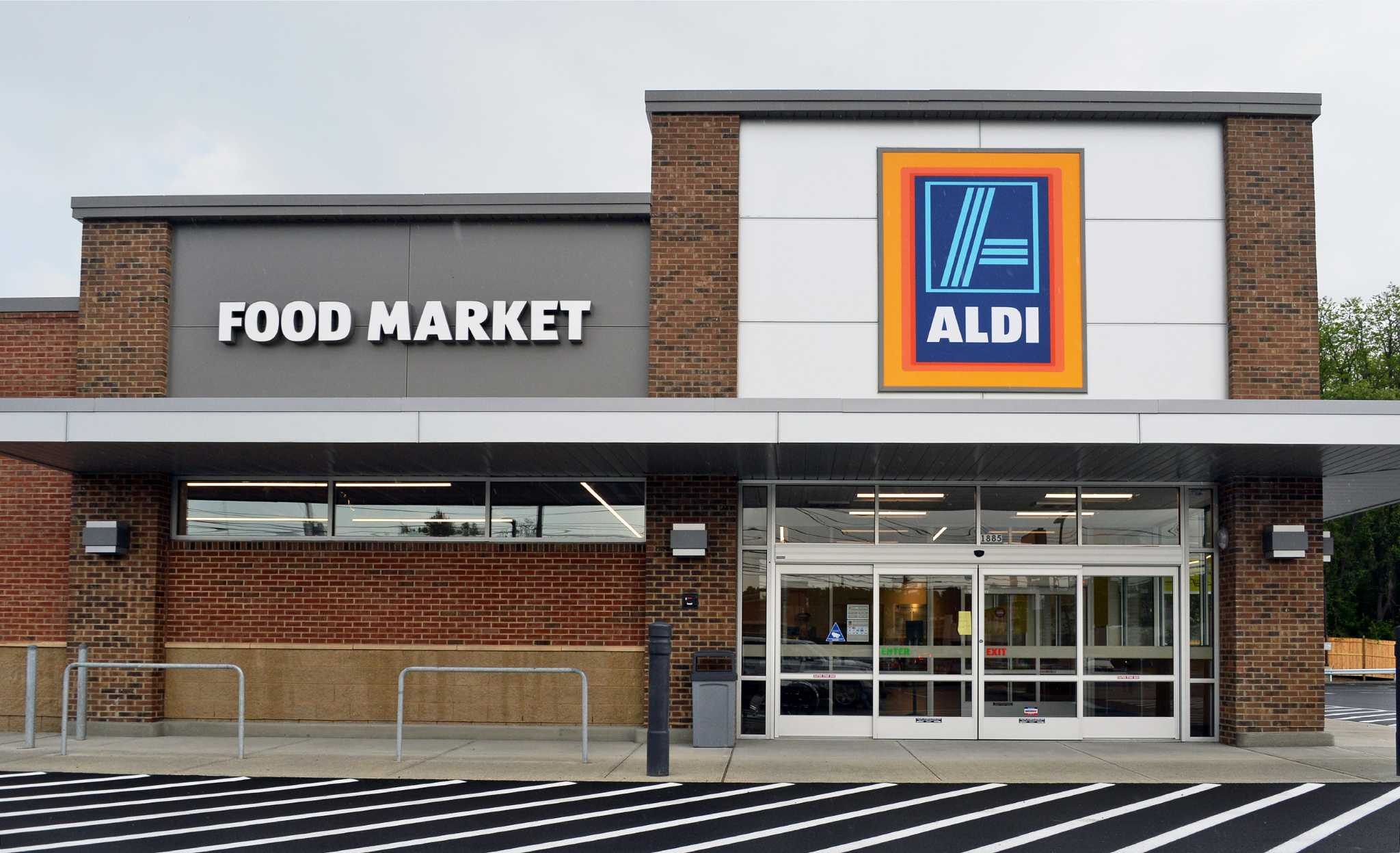 aldi store in colonie to have grand opening june 9 times. Black Bedroom Furniture Sets. Home Design Ideas