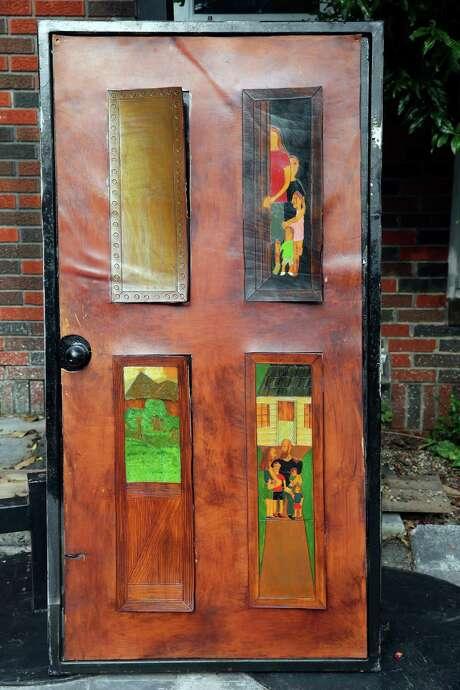 Tony Fantasia's artwork for the Open the Door Veterans Project. Photo: Tom Reel /San Antonio Express-News / 2016 SAN ANTONIO EXPRESS-NEWS