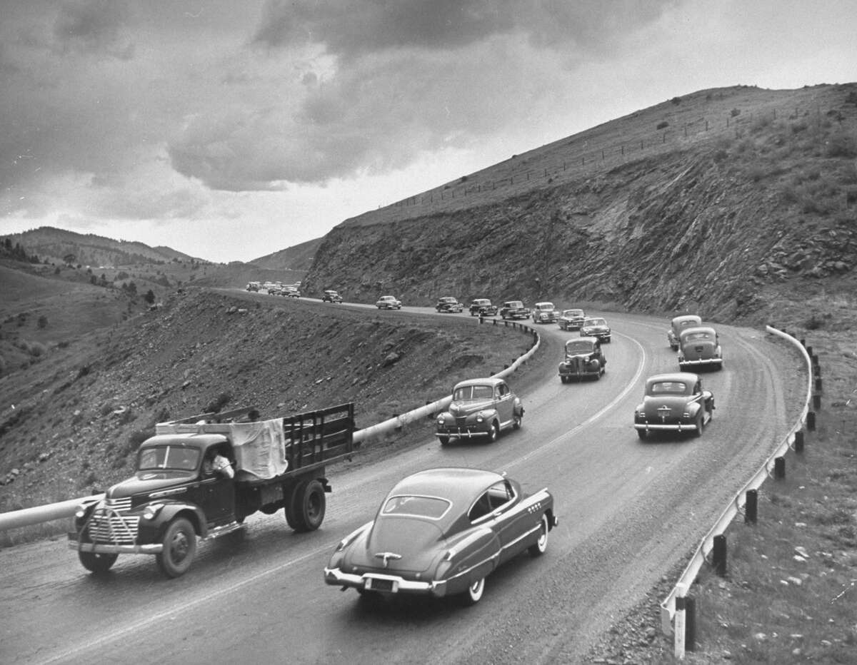 Memorial Day traffic. (Photo by Carl Iwasaki/The LIFE Images Collection/Getty Images)
