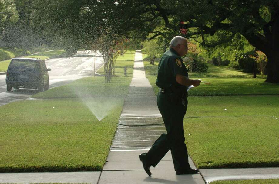 In the face of climate change, we can best protect our water future by preparing to live with drought as the new normal. The key is to make the most of every drop of rainfall. Photo: Express-News File Photo / SAN ANTONIO EXPRESS-NEWS