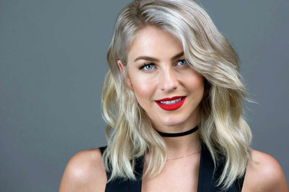 actressdancer julianne hough keeps things positively
