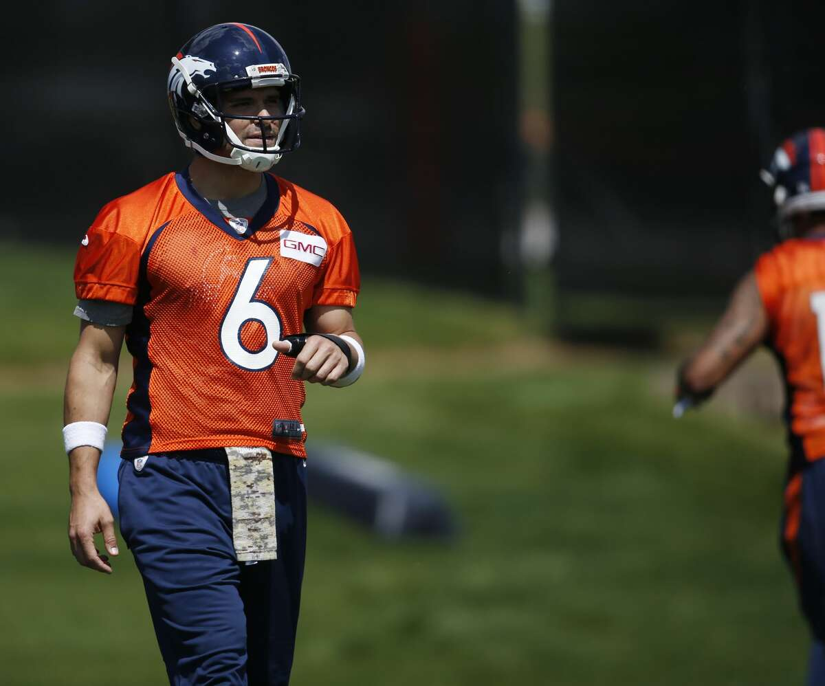 LOSER: Mark Sanchez's starting prospects Following the retirement of Peyton Manning and after losing out in their efforts to bring back Osweiler, Broncos GM John Elway swung a deal to acquire former first-round pick Sanchez from Philadelphia for a seventh-round pick. Sanchez started just 10 games over the past two seasons with the Eagles, but seemed poised to at least play a stopgap role in Denver -- until Elway traded back up into the first round to select Paxton Lynch at No. 26 overall. With Lynch already making a good first impression with the Broncos, Sanchez should be relegated to bench duty again sooner rather than later.
