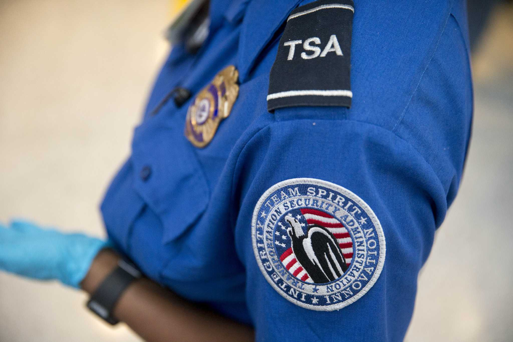 airport screenings houston chronicle - Transportation Security Officer