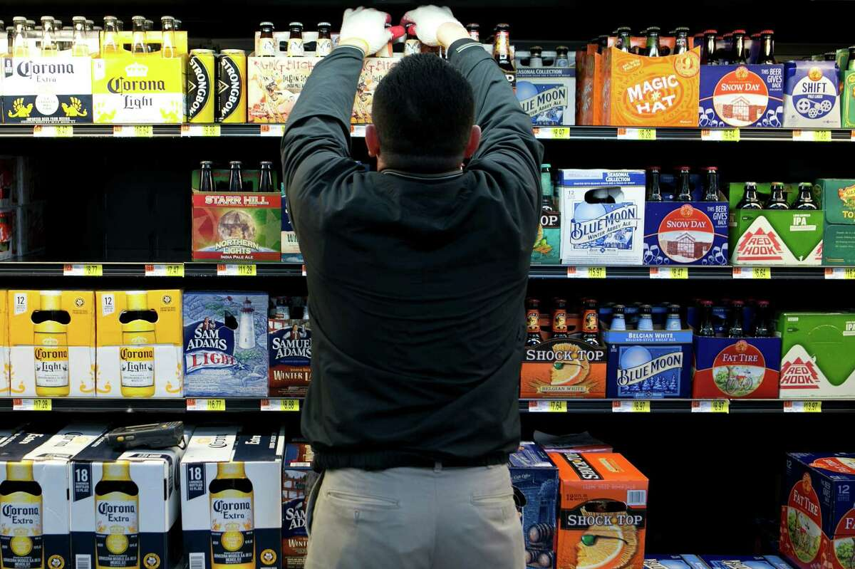 If a modern-day neighborhood reform movement succeeds, a legacy of Prohibition banning booze sales in the Heights may finally be amended. Photographer: Andrew Harrer/Bloomberg