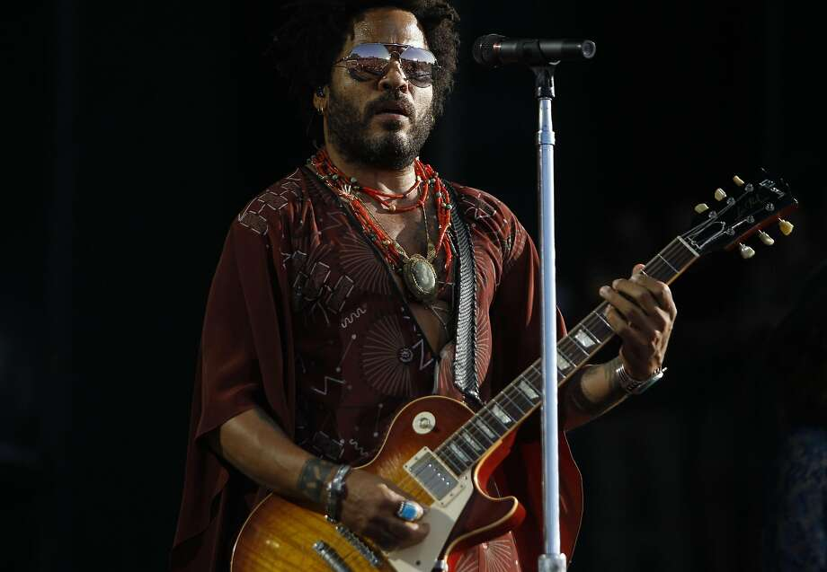 Lenny Kravitz performs at the Bottle Rock 2016 festival in Napa, Calif. on May 27, 2016. Photo: Michael Noble, The Chronicle