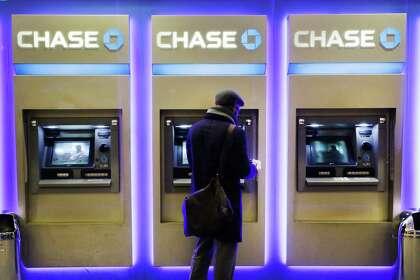 Fast money: Banks making it easier to split the tab