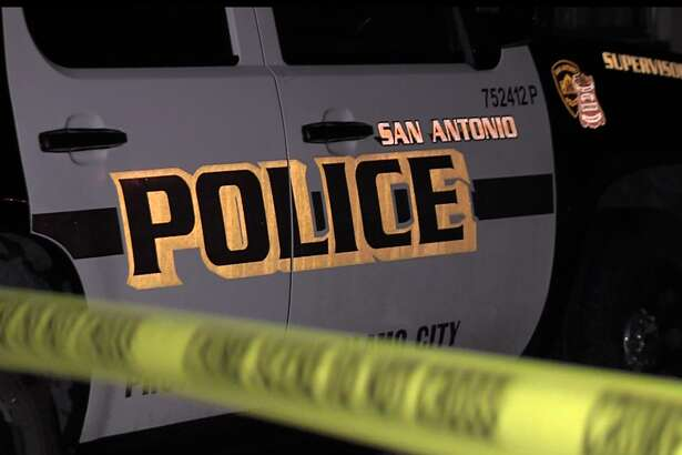 San Antonio police are investigating the scene of a fatal shooting after a man was found dead in front of an apartment complex on the Northwest Side, Sunday morning, May 29, 2016.