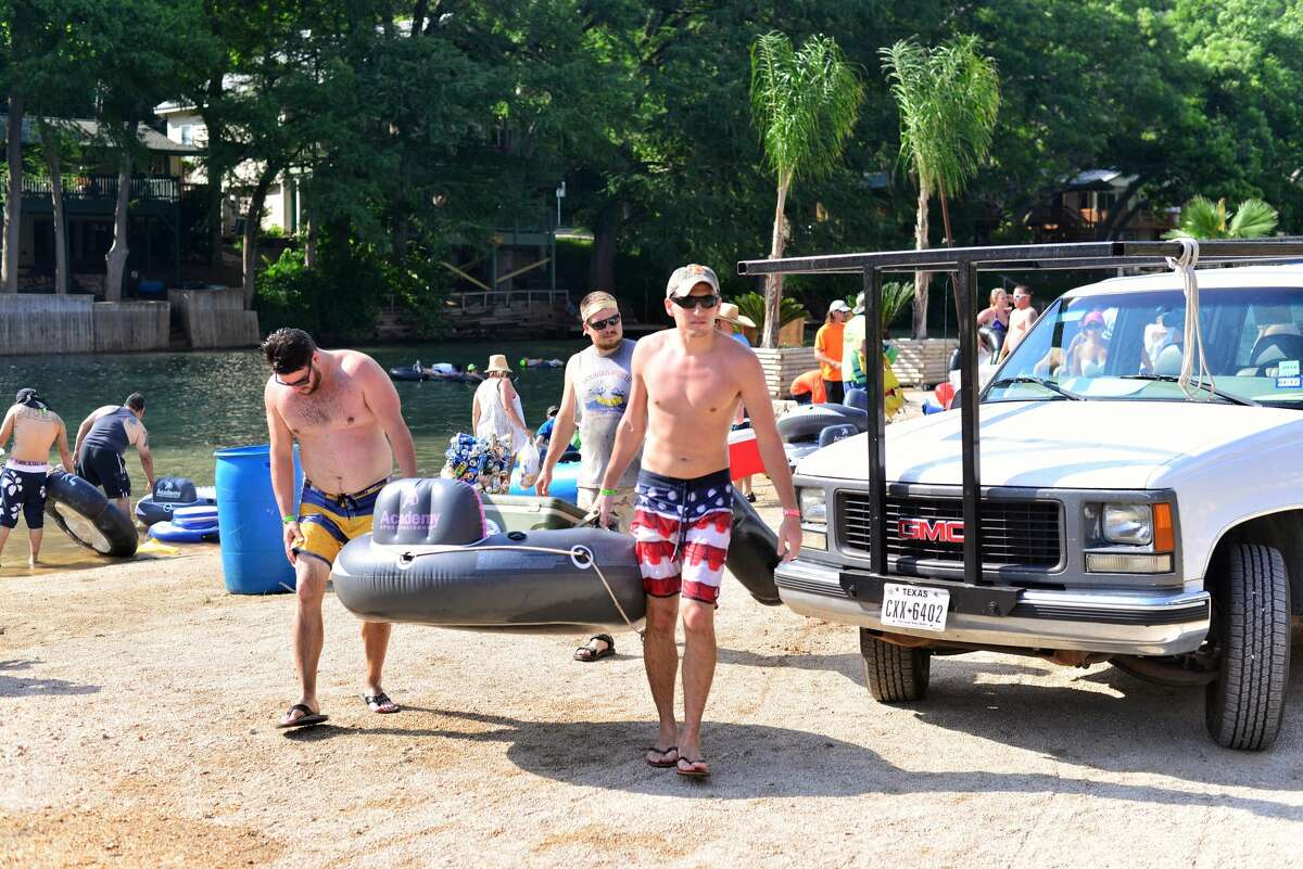 2. Containers under 5 fluid ounces are not permitted on the Comal River.
