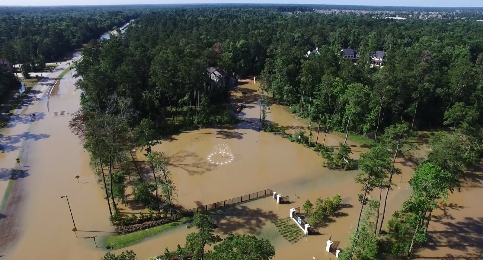 The Woodlands Texas Flooding >> Drone footage shows flooding in The Woodlands near Houston ...