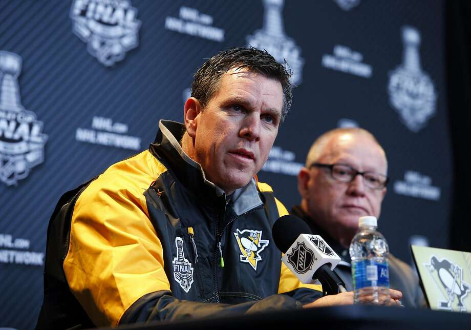 Mike Sullivan, head coach of the Penguins, played for the Sharks from their first season, 1991-92, until 1994. He scored 16 goals in 171 games with San Jose. Photo: Justin K. Aller, Getty Images