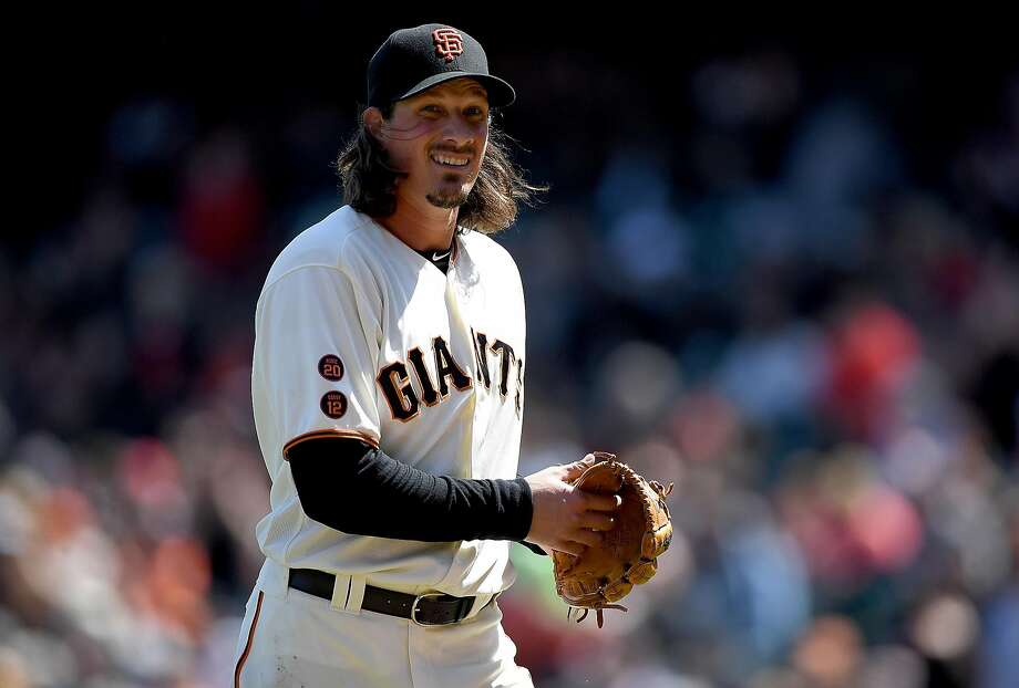 Jeff Samardzija will attempt to join Johnny Cueto with eight wins apiece in the opener of a three-game series at Turner Field. Photo: Thearon W. Henderson, Getty Images