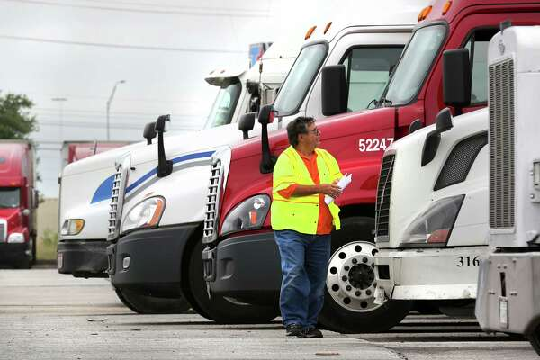 Bexar County's truck idling ban now in effect - ExpressNews com