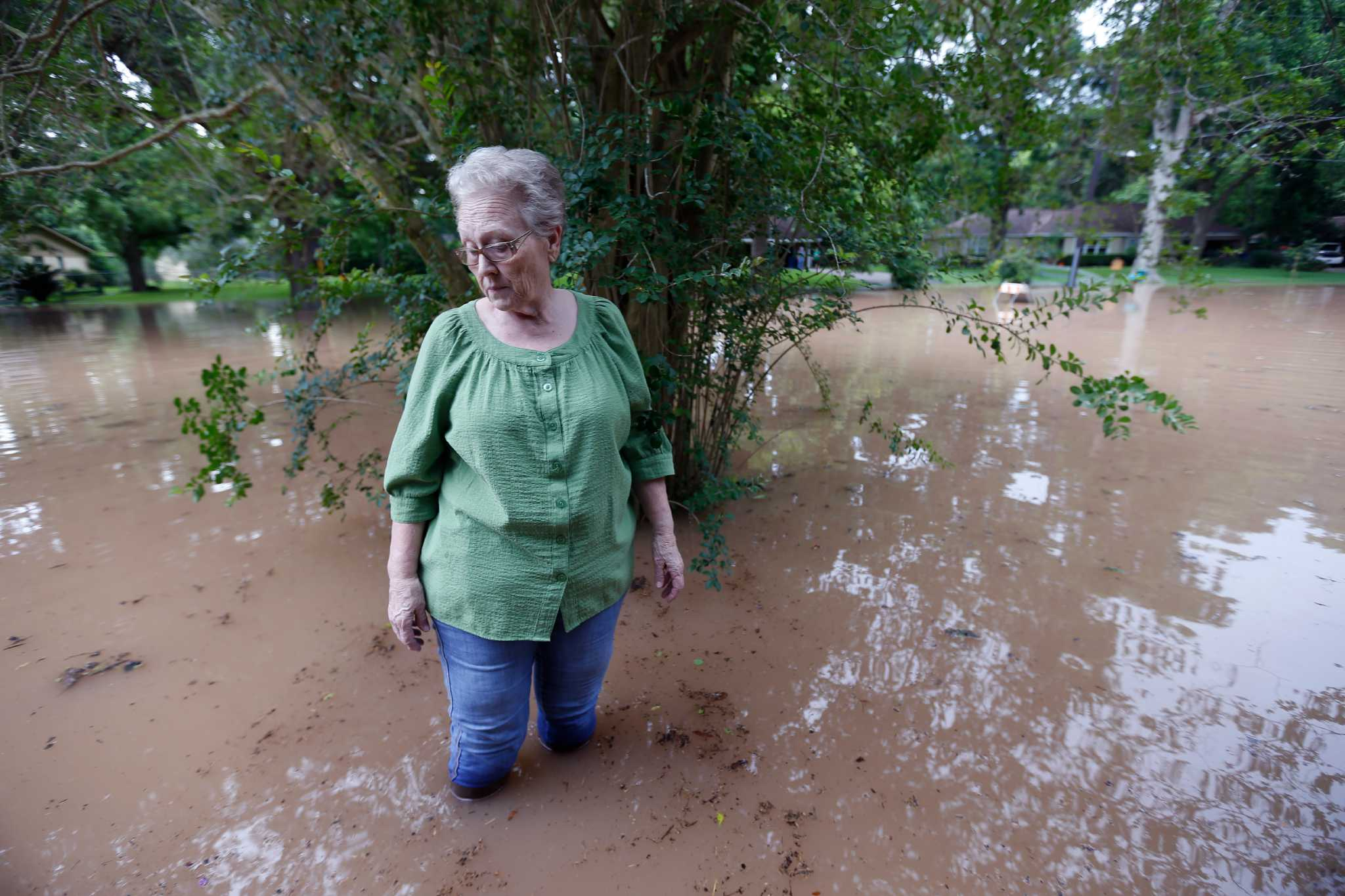 Brazos River rises to record level and