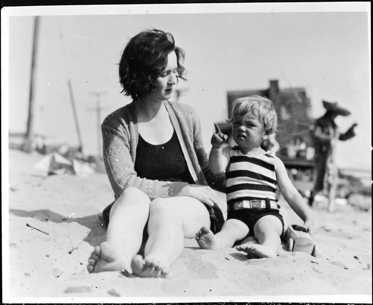 Norma Jeane Baker, future film star Marilyn Monroe (1926 - 1962), on the beach as a toddler with her mother Gladys Baker, circa 1929.