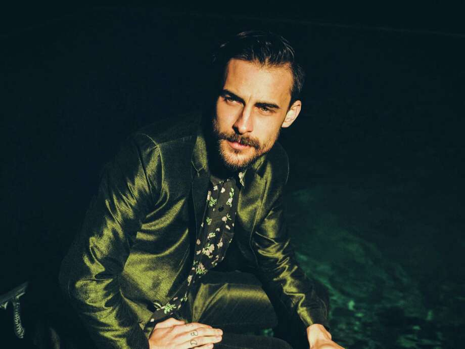 Robert Ellis Photo: Dusdin Condren