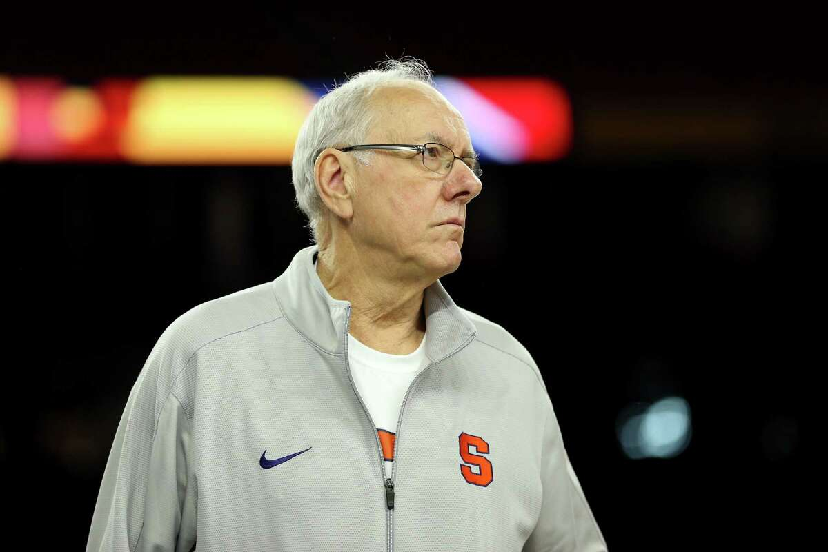 HOUSTON, TEXAS - APRIL 01: Head coach Jim Boeheim of the Syracuse Orange looks on during a practice session for the 2016 NCAA Men's Final Four at NRG Stadium on April 1, 2016 in Houston, Texas. (Photo by Streeter Lecka/Getty Images) ORG XMIT: 592274189