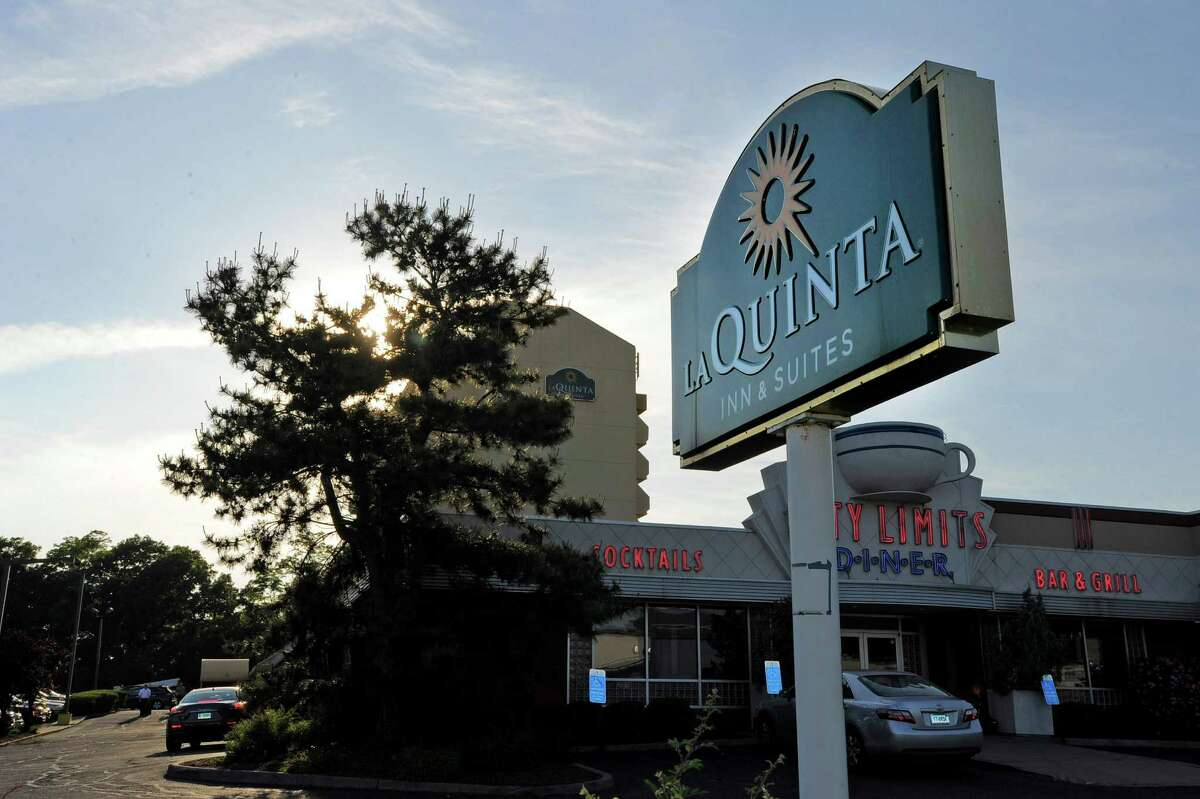 La Quinta Inns & Suites : Pets stay free. Two pets per room; no weight limit. More details.