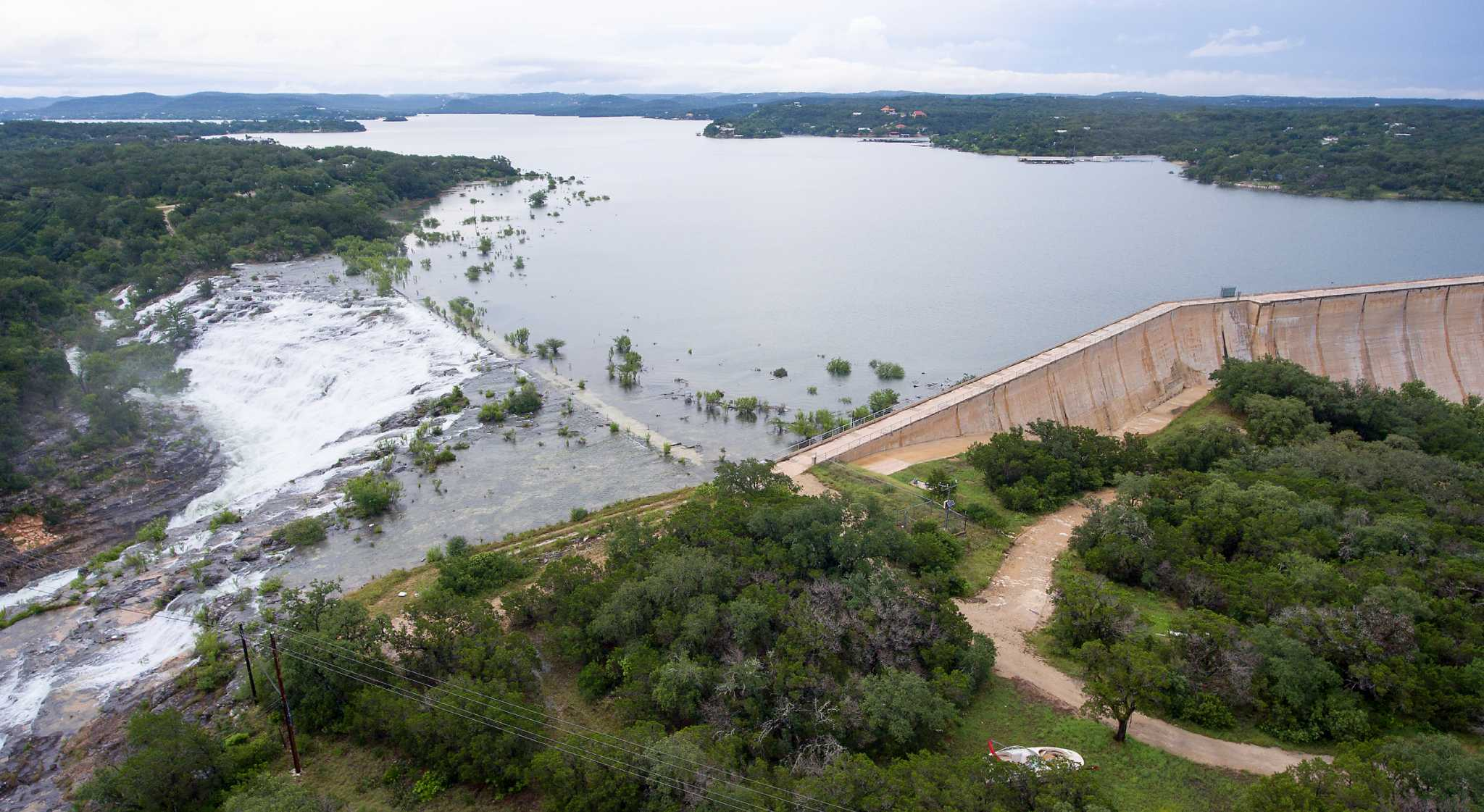Drone Footage Shows Completely Full Medina Lake Texans