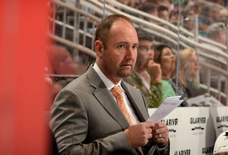Peter DeBoer lives in San Jose during the season while his family's in New Jersey. Photo: Norm Hall, NHLI Via Getty Images