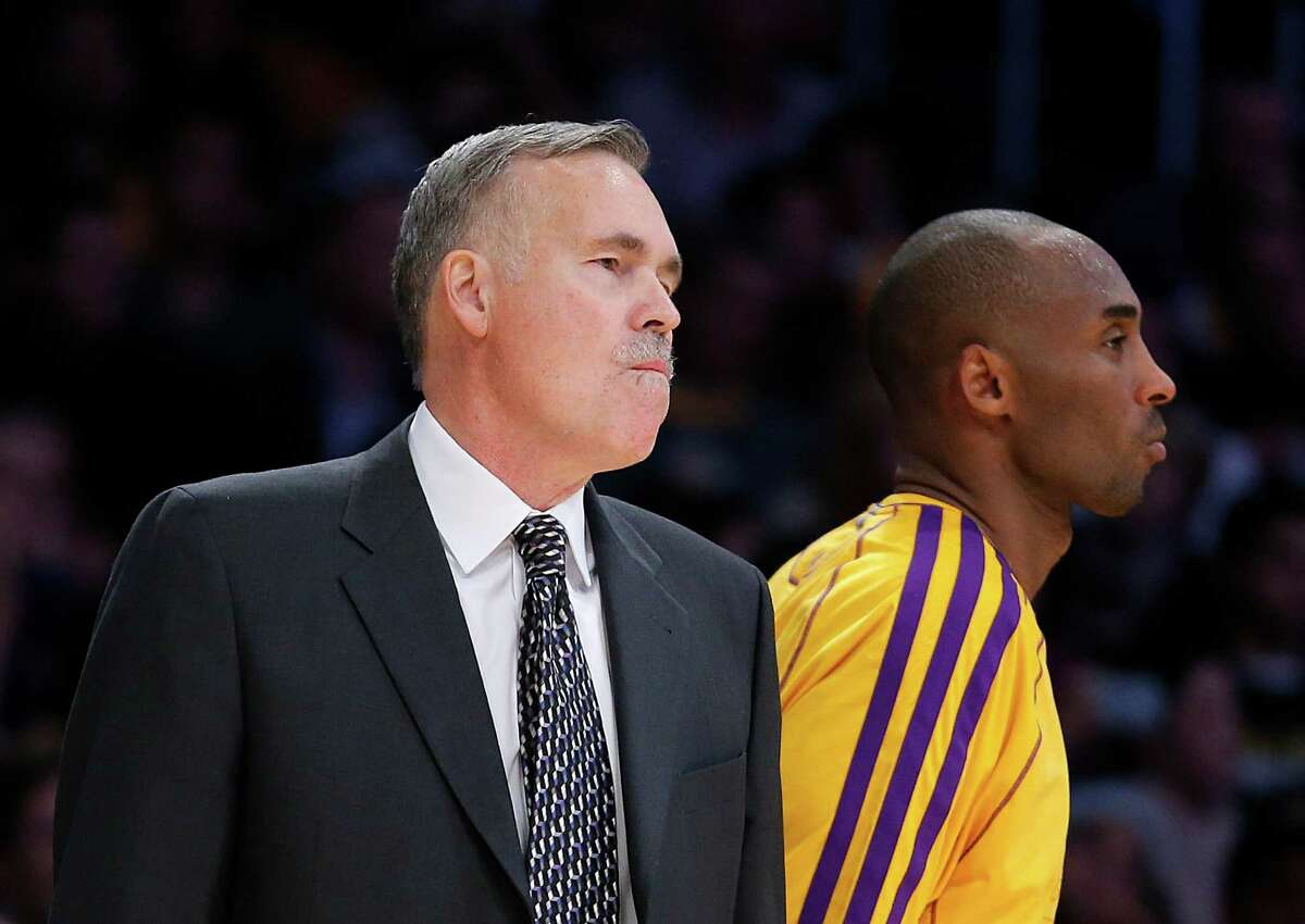 Kobe's idol When a young Kobe Bryant was growing up in Italy when his father played there, D'Antoni reportedly was his idol and the reason Bryant wore No. 8 early for the first 10 years of his NBA career. However, the two were reportedly barely on speaking terms by the end of D'Antoni's time coaching the Lakers.