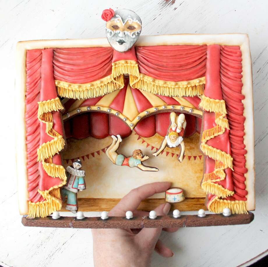 A cookie circus scene decorated by Elizabeth Adams, who goes by the cookie handle Arty McGoo Photo: A Cookie Creation By�Arty McGoo Aka Elizabeth Adams