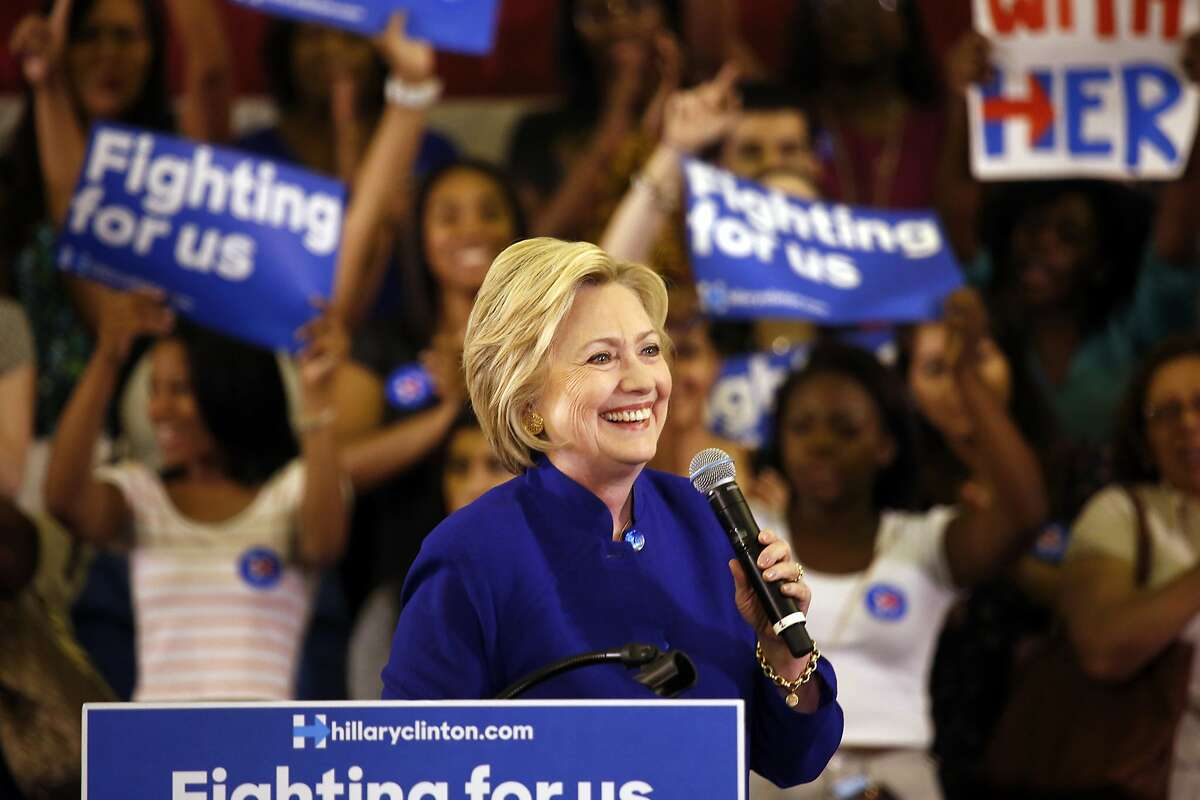 Democratic presidential candidate Hillary Clinton campaigns at the Golden Dome Athletic Center at Rutgers University Student Health in Newark, N.J., on Wednesday, June 1, 2016. (Carolyn Cole/Los Angeles Times/TNS)