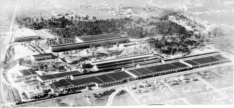 1938 - aerial of Hughes Tool Company in Houston , Texas / Houston Chronicle