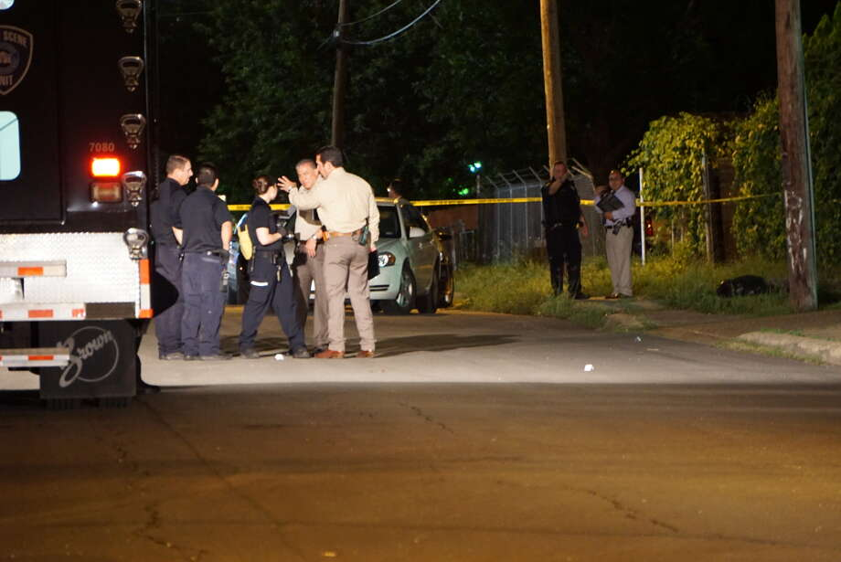 A 7-year-old girl and her mother were shot Wednesday night June 1, 2016 on the West Side after a fight at a basketball court as the family were on their way home. Photo: Jacob Beltran