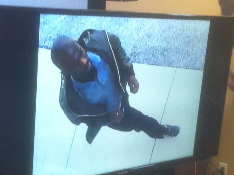 Surveillance image of person of interest in Josue Flores stabbing death May 17 in north Houston Photo: Dale Lezon