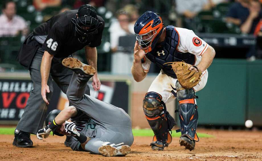 Evan Gattis may be seeing more time behind the plate recently, but Jason Castro remains the team's No. 1 catcher, according to manager A.J. Hinch. Photo: Brett Coomer, Houston Chronicle / © 2016 Houston Chronicle