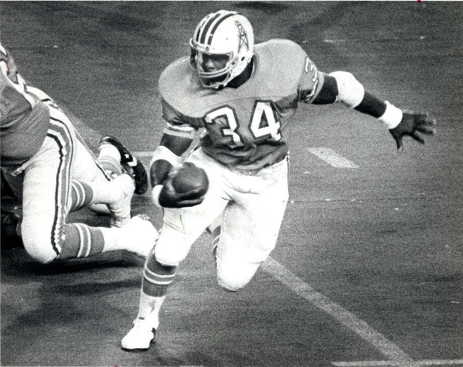1979: Oilers 13, Broncos 7In the first playoff game at the Astrodome, the Oilers took the lead on Earl Campbell's second-quarter touchdown run and never trailed again. They limited the Broncos to 216 total yards. / Houston Chronicle