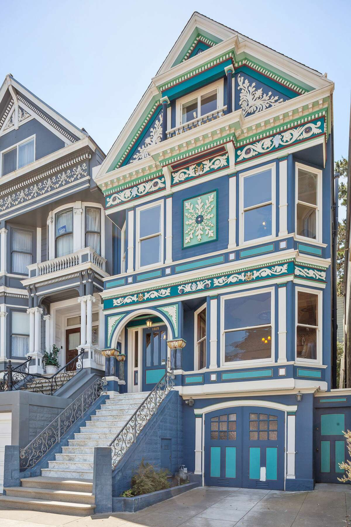 The Four Seasons Victorians on Waller Street were built in the 1890s by shipwright John Whelan. The Whelan family lived in the