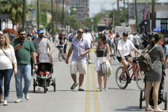 Westheimer was part of the Cigna Sunday Streets program in 2015, opening the street to pedestrians.