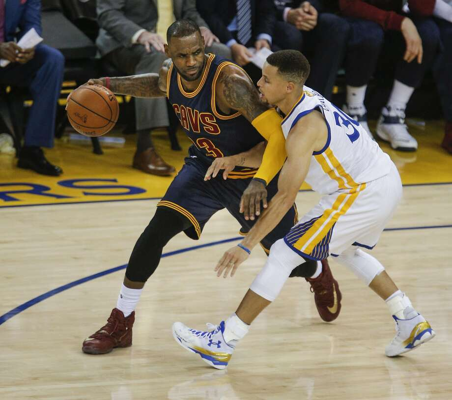It is actually cheaper to watch LeBron James play Stephen Curry than it was in last year's NBA Finals. Photo: Carlos Avila Gonzalez, The Chronicle