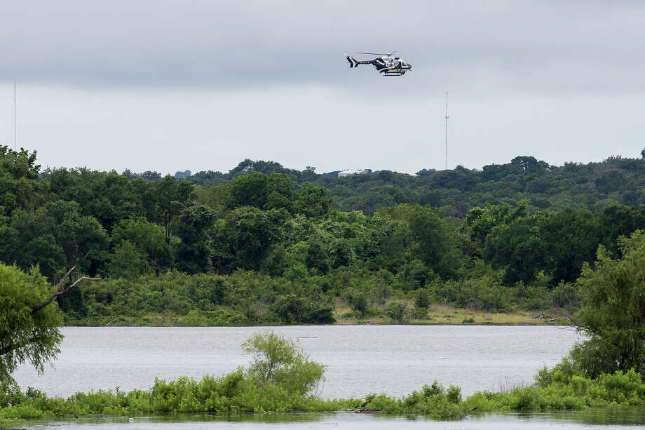 A volunteer diver died Sunday, April 16, 2017, following an incident during a search operation near Fort Hood a week after heavy flooding hit the area. Seen here is a file photo of heavy flooding near Fort Hood in 2016. Photo: Michael Miller /The Temple Daily Telegram Via AP / All Rights Reserved