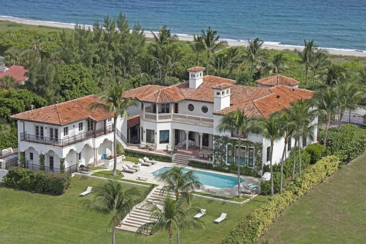Billy Joel's Florida mansion is on the market for $27,000,000.Read more at toptenrealestatedeals.com