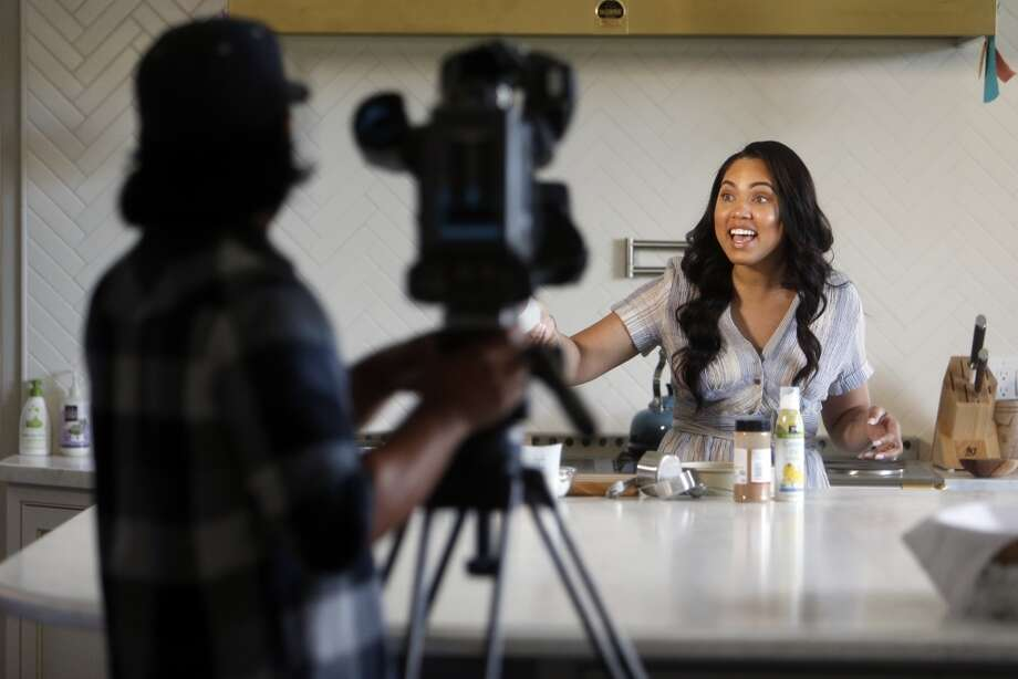 "Ayesha Curry tapes her CSN Bay Area show ""Cookin' with the Currys"" in the kitchen of her home in Walnut Creek. Photo: Scott Strazzante, The Chronicle"